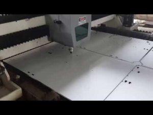 1000Wレーザー切断機CNCレーザー切断機金属レーザーカッター1mmステンレス鋼