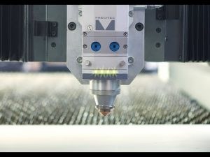 ACCURL IPG 4000Wファイバーレーザー切断機販売価格4kw CNCレーザーマシンメーカー
