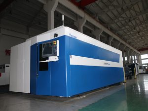 CNC繊維レーザーの打抜き機500w 700w 1000w 2000w 3000w穏やかな/ステンレス製/炭素鋼