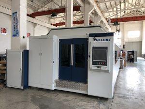 滑らかな金属板切断のための大出力1000W〜4000Wファイバーレーザー切断機